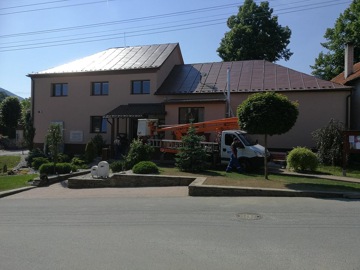 Rekonštrukcia fasády a strechy OcU