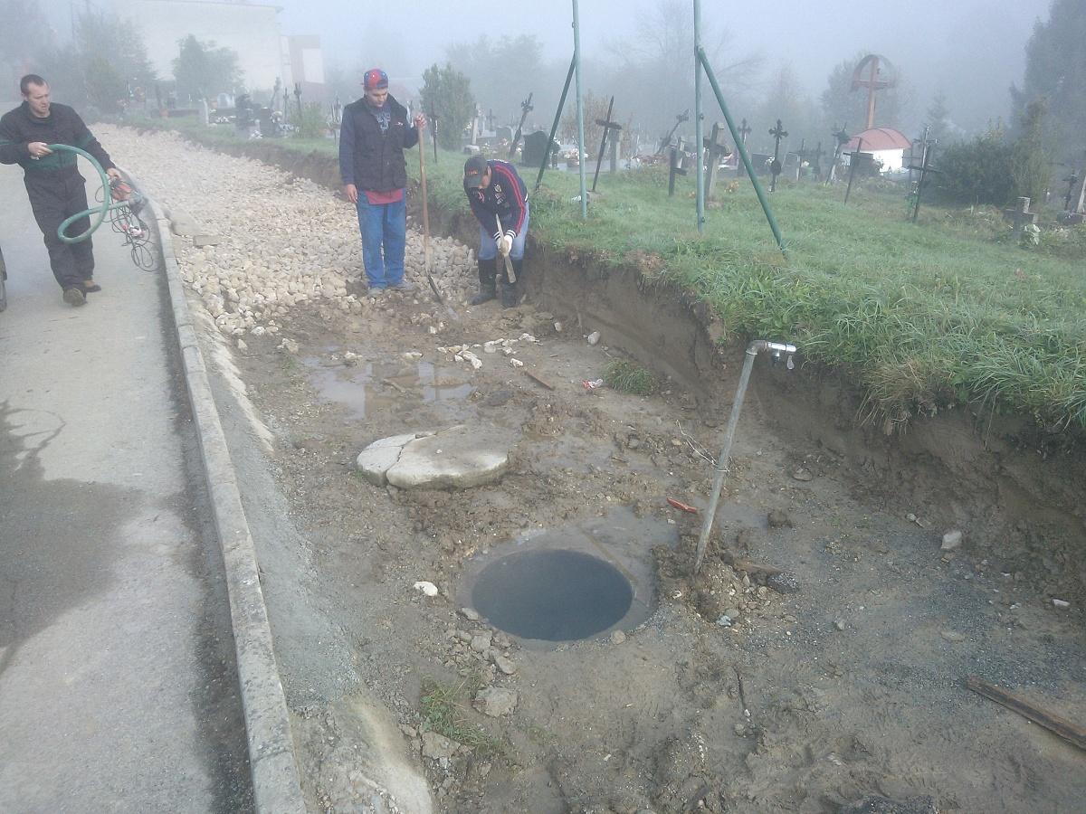 Úprava priestranstva pri cintoríne