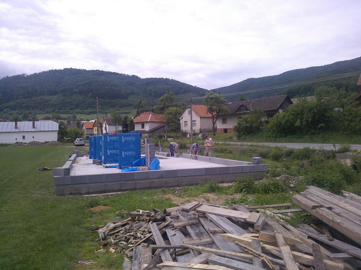 Výstavba šatní futbalového ihriska