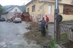 Odstráňovanie telekomunikačných stĺpov a odvodňovanie obecných budov